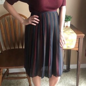 Vintage colorful chevron pleated skirt